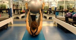 Pilates Topu ile hareketler