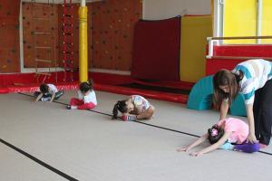 7-9 yaş cimnastik dersleri (4)