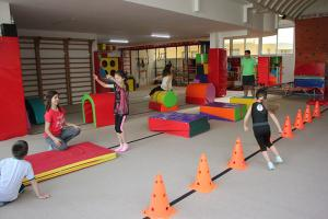 7-9 yaş cimnastik dersleri (8)