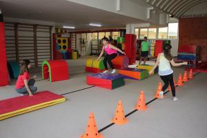7-9 yaş cimnastik dersleri (9)